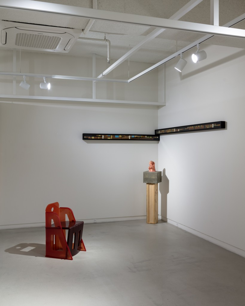 From left: Gaetano Pesce, Jeanne Chair, 2016, then two works by Cody Choi: The Cliché, 1995 (on the wall) and The Thinker (miniature), 1996 (sculpture). Photo: Jinkyun Ahn. Courtesy of Christina H. Kang.