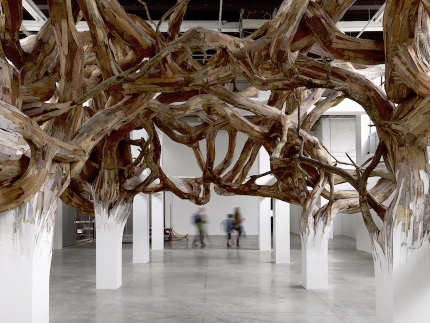 Henrique Oliveira, « Baitogogo », Palais de Tokyo. Installation view. Photo : André Morin. SAM Art Projects - Palais de Tokyo, Paris