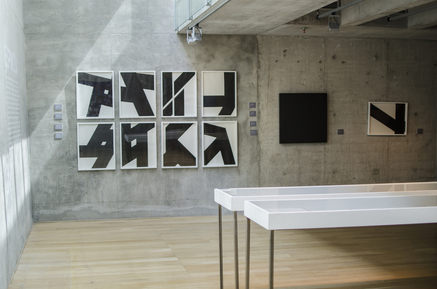 Works by Luis Tomasello and Manuel Espinosa. Photo: Franco Degrossi. Courtesy of MACBA