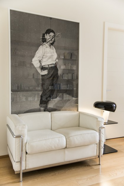 Above the sofa: Akram Zaatari, Scratched Portrait of Mrs. Baqari, based on a photograph by Hashem el Madani. Courtesy of Tarek Nahas.