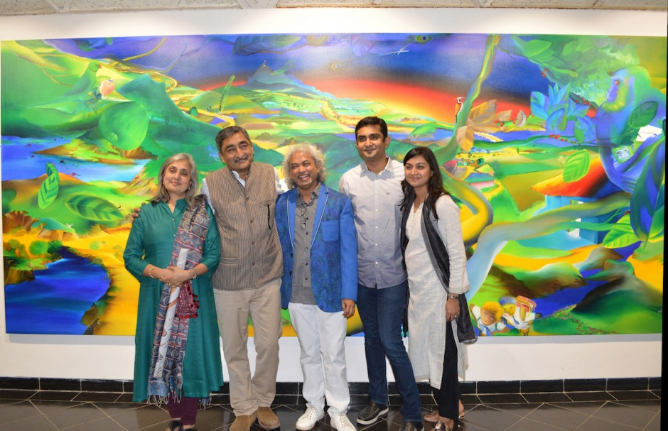 Anil Relia and family with artist Nabibakhsh Mansoori (centre) from a recent exhibition of the artist, 2016. Courtesy of Anil Relia.