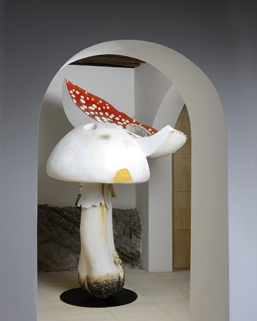 Carsten Höller, Giant Triple Mushroom, 2010. Photo: Philippe Fragnière. Courtesy of Suzanne Syz.