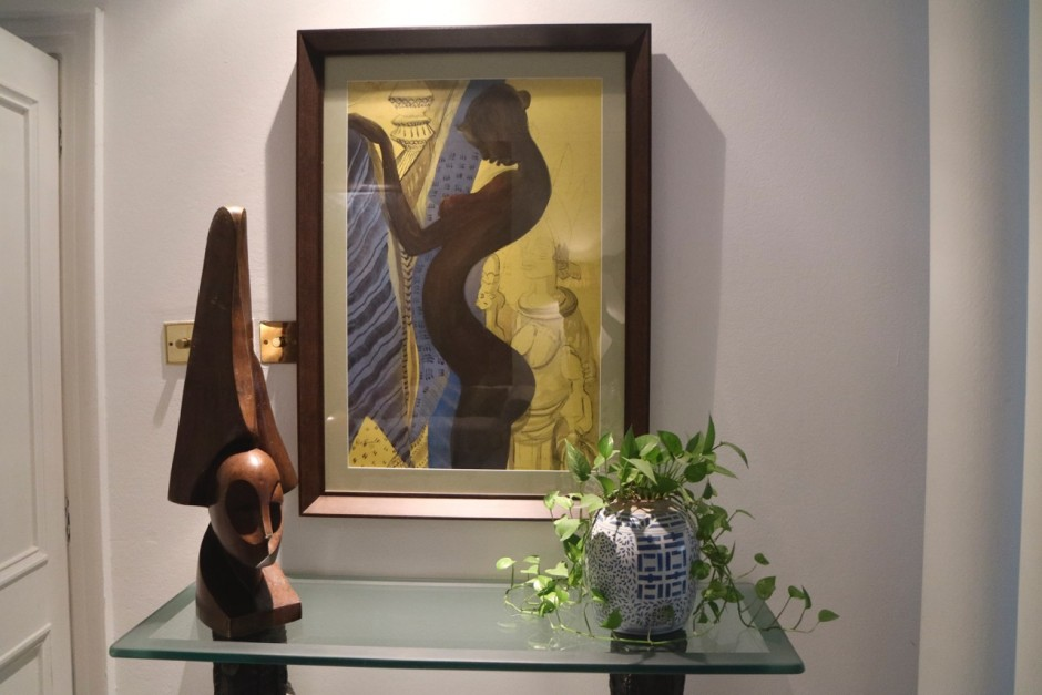 Painting by Ben Enwonwu and sculpture by Ben Osawe. Courtesy of Kavita Chellaram.