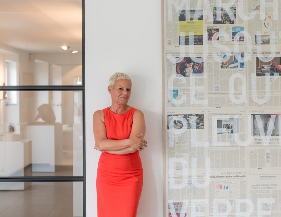 Sabine Depla-Lantsoght next to a work by Rirkrit Tiravanijaa. Courtesy of Sabine and Rik Depla-Lantsoght.