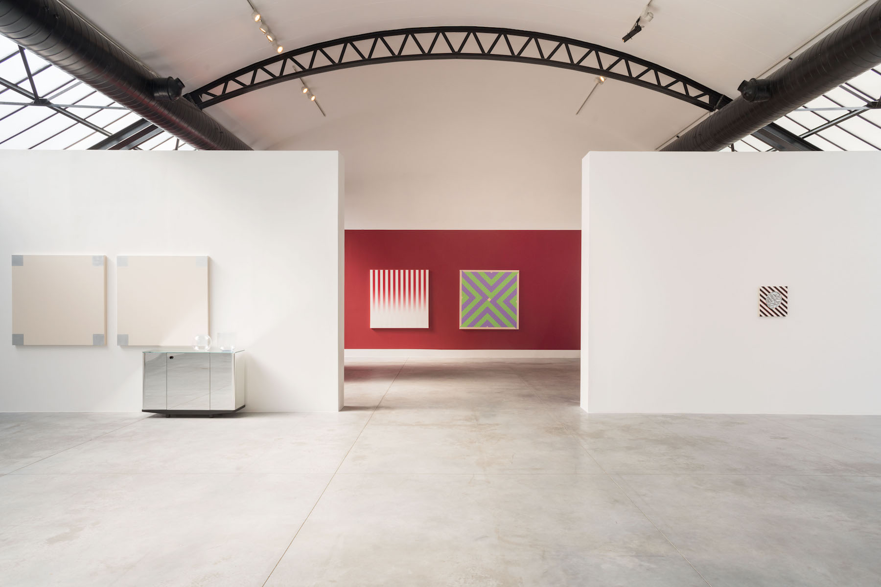 Exhibition view, Alentour, A project by John Armleder at Fondation CAB. Courtesy of Fondation CAB.