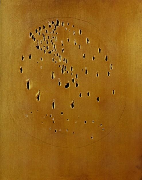 Lucio Fontana, Concetto Spaziale, 1960, Oil on canvas. Courtesy of CIFO | Cisneros Fontanals Art Foundation. Photo: Oriol Tarridas. Copyright Lucio Fontana.