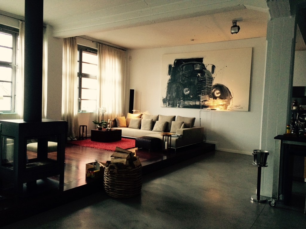 Living Room of Bernd Hummel's home. Courtesy of Bernd Hummel.