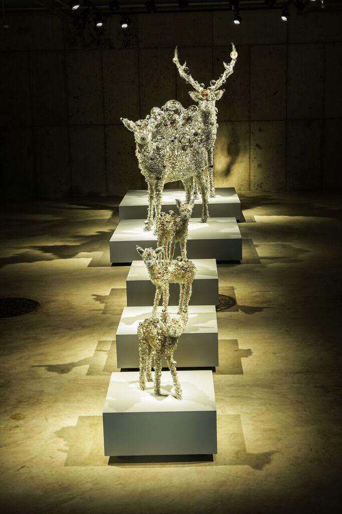 Installation view of Kohei Nawa, Deer Family, 2014, courtesy of Arario Museum.