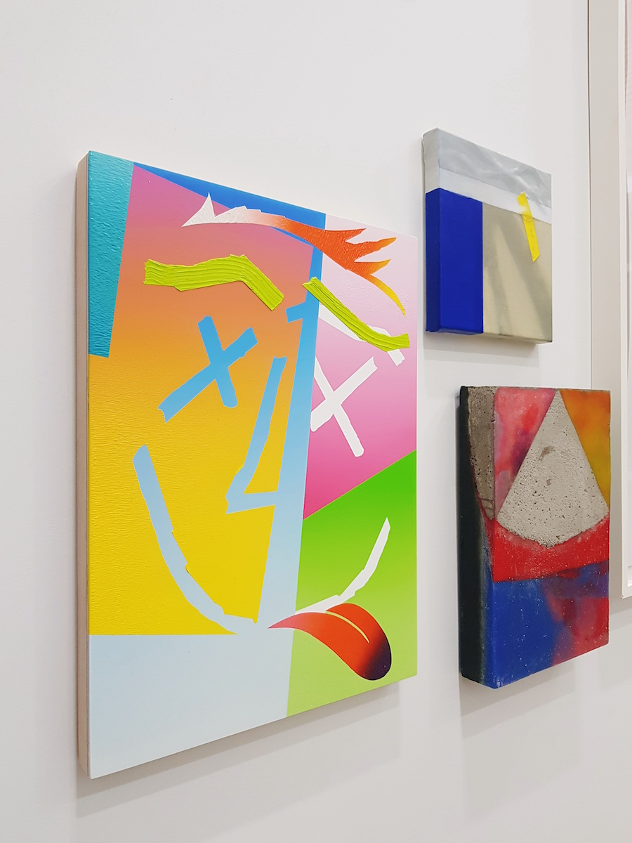 Works by Eddie Peake. Courtesy of Lee Soyoung.