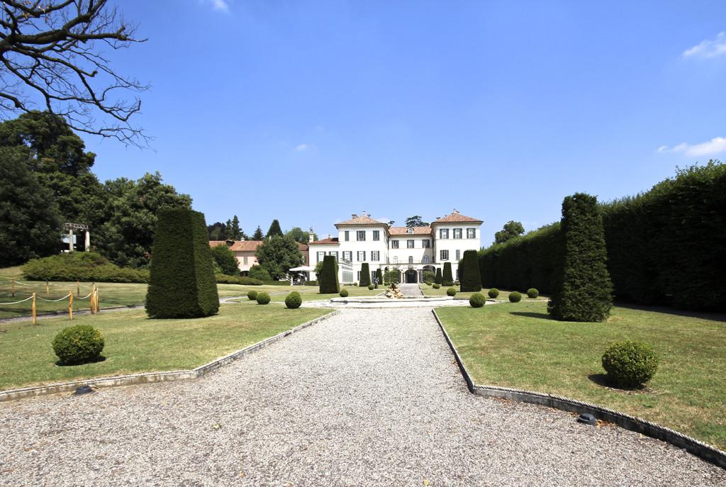 Villa-Panza02