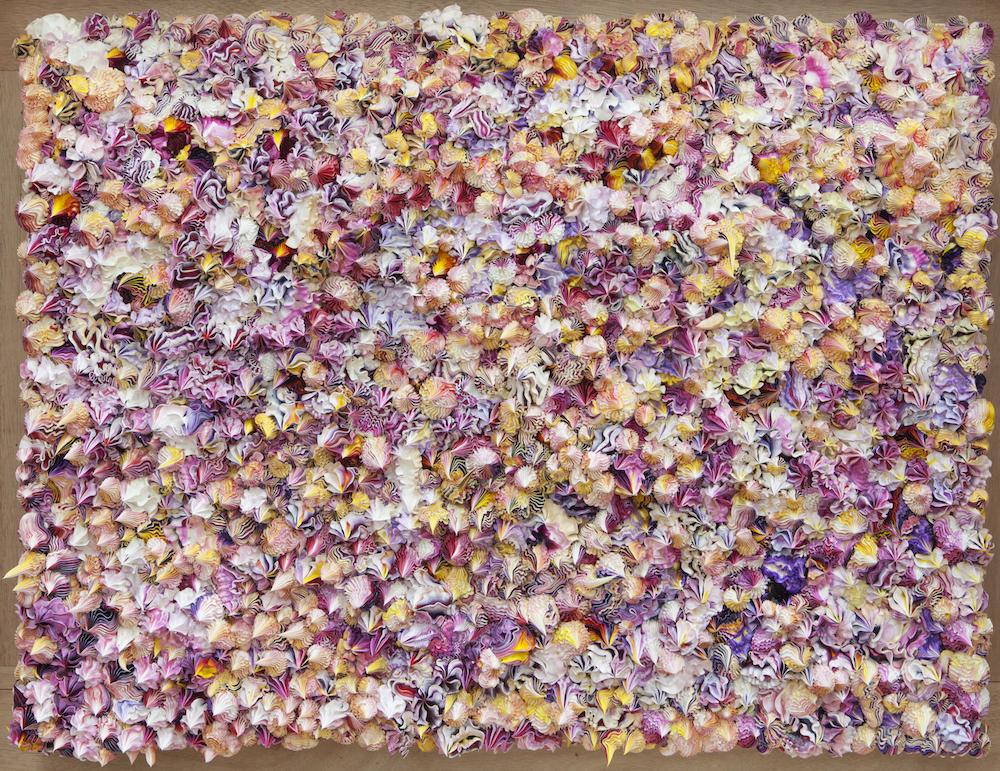 Xu Zhen, Produced by MadeIn Company, Under Heaven-20130402 [天下-20130402], installation Oil, canvas, aluminium plastic composite panel, 60x80x10cm, 2013. Courtesy of David Chau.