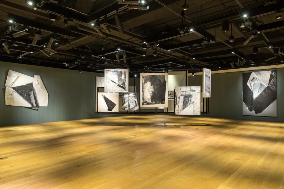 Zheng Chongbin's selling exhibition at Sotheby's Hong Kong Gallery.