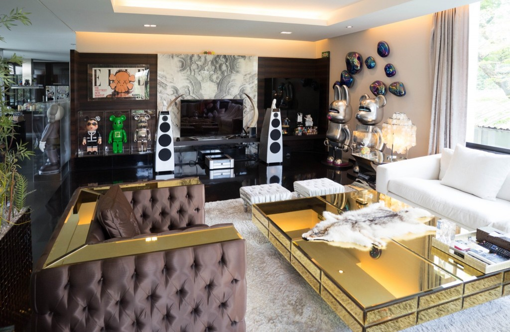 KAWS, Bearbrick 2000% and Rabbrick 2000% by Hajime Sorayama, Chanel, Fendi and Sorayama Bearbrick 1000%, invader, Fox fur by Chrome Hearts, table and couch and furnitures by Visionaire, Meridian speakers. Courtesy of Kong Karoon Sosothikul.