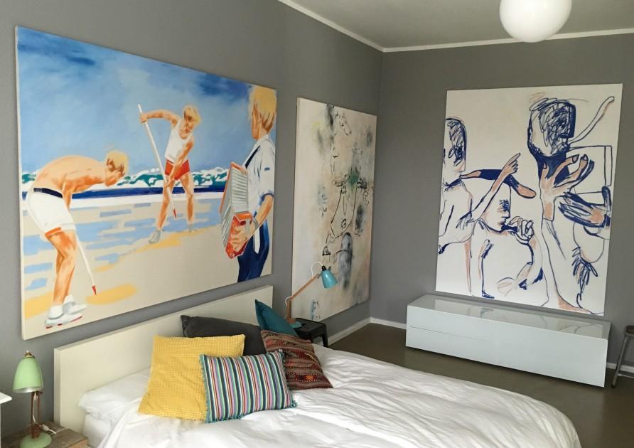 The bedroom with pieces by Norbert Bisky, Robin von Einsiedel and Melike Kara. Courtesy of Torsten Butzen.