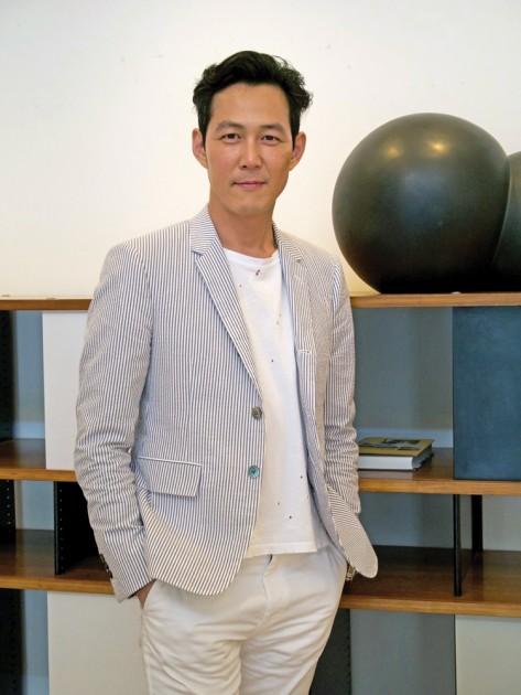 Portrait of Jung-Jae Lee. Courtesy of ArtAsiaPacific.