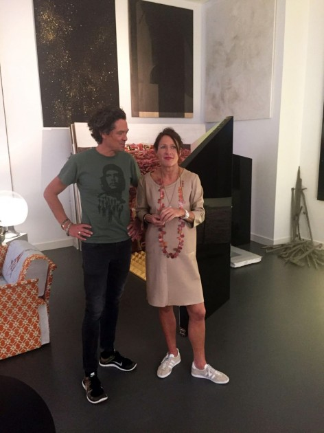 Henk Drosterij and his wife Karen Knispel in front of artworks by Sarah van Sonsbeeck, Martijn Hendriks, Phoebe Unwin. Courtesy of Henk Drosterij.